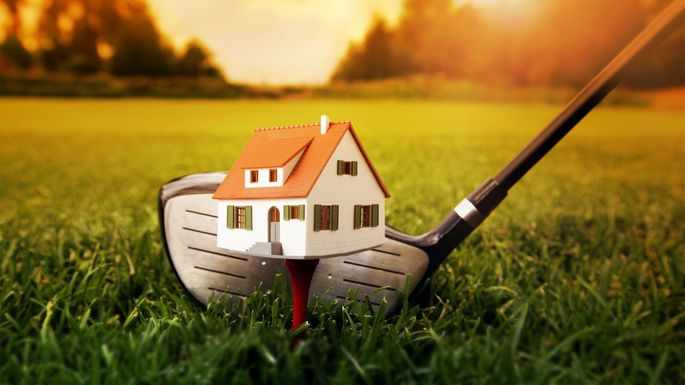 Trending – Houses on Golf Courses